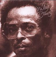 Get up with it / Miles Davis | Davis, Miles (1926-1991). Interprète. Comp. & trp.
