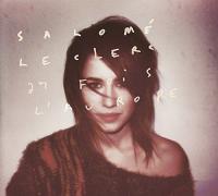 27 fois l'aurore Salomé Leclerc, chant, batterie, guitare électrique