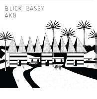Akö Blick Bassy, comp., chant, guitare Clément Petit, violoncelle, banjo Fidel Fourneyron, trombone
