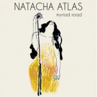 Myriad road Natacha Atlas, chant André Ceccarelli, batterie Frank Woeste, piano Christophe Wallemme, contrebasse