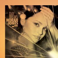 Day breaks Norah Jones, chant, piano Wayne Shorter, saxophone soprano John Patitucci, contrebasse Brian Blade, batterie