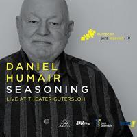 Seasoning : Live at Theater Gütersloh / Daniel Humair, batt.   Humair, Daniel (1938-) - batteur, peintre. Interprète