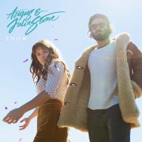 Snow Angus & Julia Stone, groupe vocal & instrumental