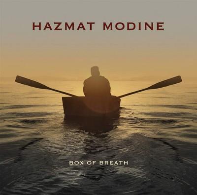 Box of breath Hazmat Modine, ens. voc. & instr. Son of Dave, chant Stewart Mark, interpr. Balla Kouyate, balafon